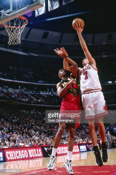 Toni Kukoc of the Chicago Bulls shoots the ball during the game against the Atlanta Hawks on May 6 1997 at the United Center in Chicago IL NOTE TO...