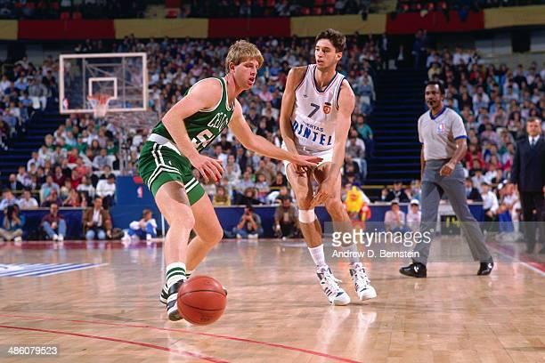 Toni Kukoc of Yugoslavia passes the ball against the Boston Celtics during the 1988 McDonald's Championships on October 21, 1988 at the Palacio de...
