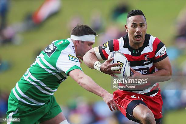 Toni Pulu of Counties Manukau makes a break to score a try during the round one ITM Cup match between Counties Manukau and Manawatu at ECO Light...