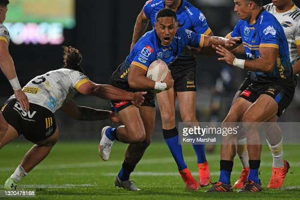 Toni Pulu of the Western Force makes a break during the round three Super Rugby Trans-Tasman match between the Hurricanes and the Western Force at...