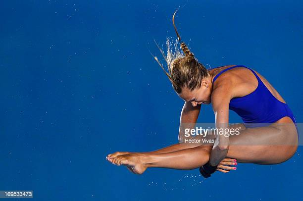 Tonia Couch from Great Britain during the Women's 10 meters Platform Seminals of the FINA MIDEA Diving World Series 2013 at Pan American Aquatic...