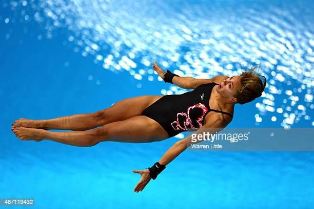 Tonia Couch of Great Britain dives during the semi final of the Women's 10m Platform on day two of the 2015 FINA/NVA Diving World Series at the...