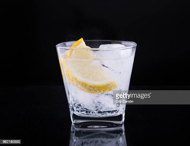 tonic drink - vodka stock pictures, royalty-free photos & images