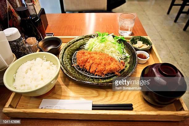 tonkatsu set menu - tonkatsu imagens e fotografias de stock