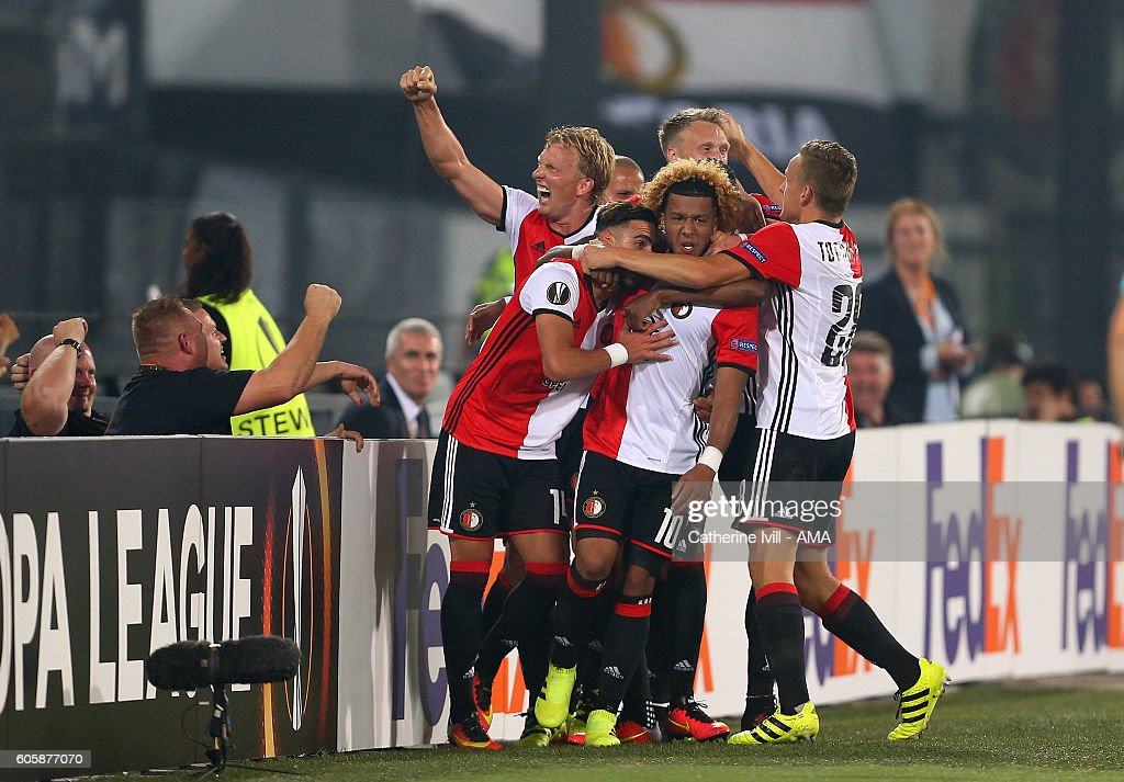 Tonny Vilhena of Feyenoord celebrates with his team mates after he scores a goal to make it 1-0 during the UEFA Europa League match between Feyenoord and Manchester United at Feijenoord Stadion on September 15, 2016 in Rotterdam, .