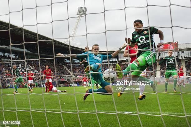 Tonny Vilhena of Feyenoord Rotterdam kicks to score 01 during the Netherlands Eredivisie match between AZ Alkmaar and Feyenoord Rotterdam in Alkmaar...