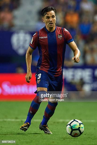 Tono Garcia of Levante runs with the ball during the La Liga match between Levante and Deportivo La Coruna at Ciutat de Valencia on August 26 2017 in...