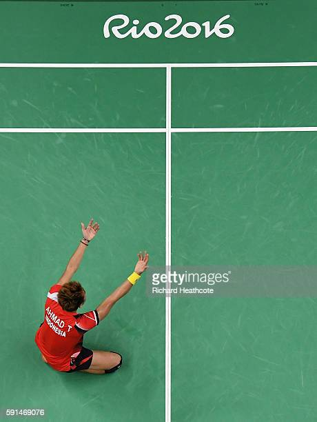 Tontowi Ahmad of Indonesia celebrates winning the Mixed Doubles Gold Medal Match against Peng Soon Chan and Liu Ying Goh of Malaysia on Day 12 of the...