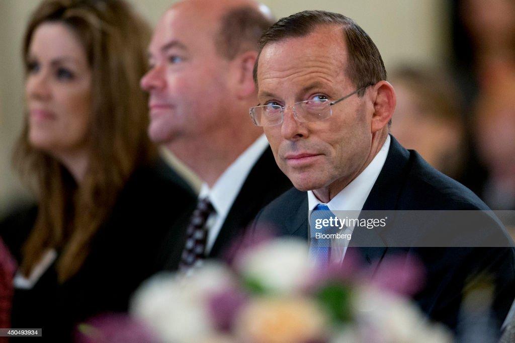 Australian Prime Minister Tony Abbott Speaks At The Chamber Of Commerce : News Photo