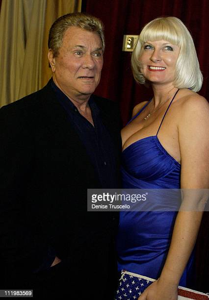"""Tony and Jill Curtis at the grand opening of the night club """"LIGHT at Bellagio""""."""
