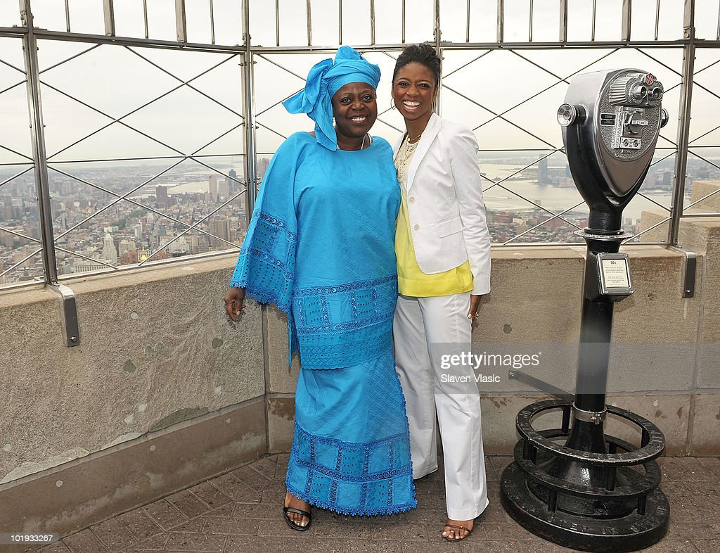 Tony Awards nominees Lillias White and Montego Glover visit The Empire State Building on June 9, 2010 in New York City.