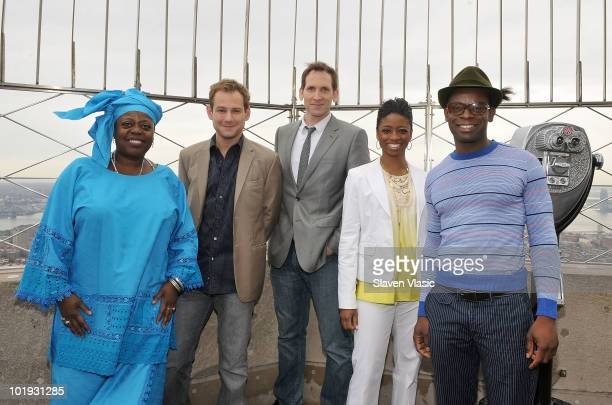 Tony Awards nominees Lillias White Chad Kimball Stephen Kunken Montego Glover and Sahr Ngaujah visit The Empire State Building on June 9 2010 in New...