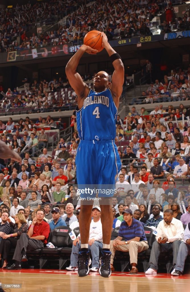 Tony Battie #4 of the Orlando Magic shoots a jump shot against the Detroit Pistons in Game One of the Eastern Conference Quarterfinals during the 2007 NBA Playoffs at The Palace of Auburn Hills on April 21, 2007 in Auburn Hills, Michigan. The Pistons won 100-92.