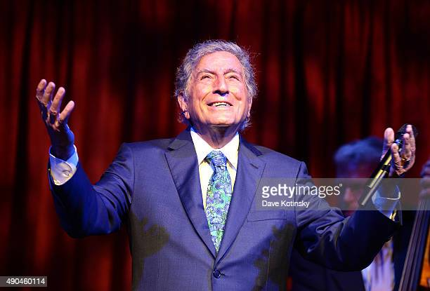 Tony Bennett performs at the 9th Annual Exploring The Arts Gala founded by Tony Bennett and his wife Susan Benedetto at Cipriani 42nd Street on...