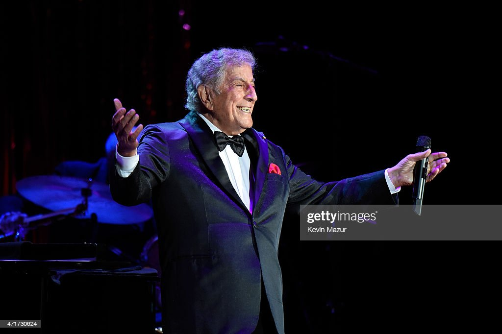 Tony Bennett performs onstage during Breast Cancer Research Foundation's Hot Pink Party: The Pink Standard at Waldorf Astoria Hotel on April 30, 2015 in New York City.
