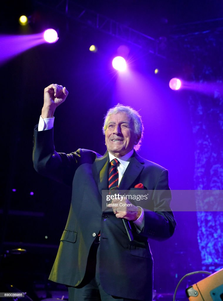 Tony Bennett performs onstage during Stevie's 21st Annual House Full of Toys Benefit Concert at Staples Center on December 10, 2017 in Los Angeles, California.