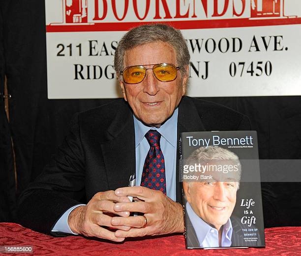 """Tony Bennett promotes """"Life Is A Gift"""" at Bookends Bookstore on November 23, 2012 in Ridgewood, New Jersey."""
