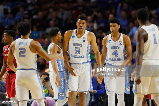 Tony Bradley of the North Carolina Tar Heels reats in the first half against the Arkansas Razorbacks during the second round of the 2017 NCAA Men's...