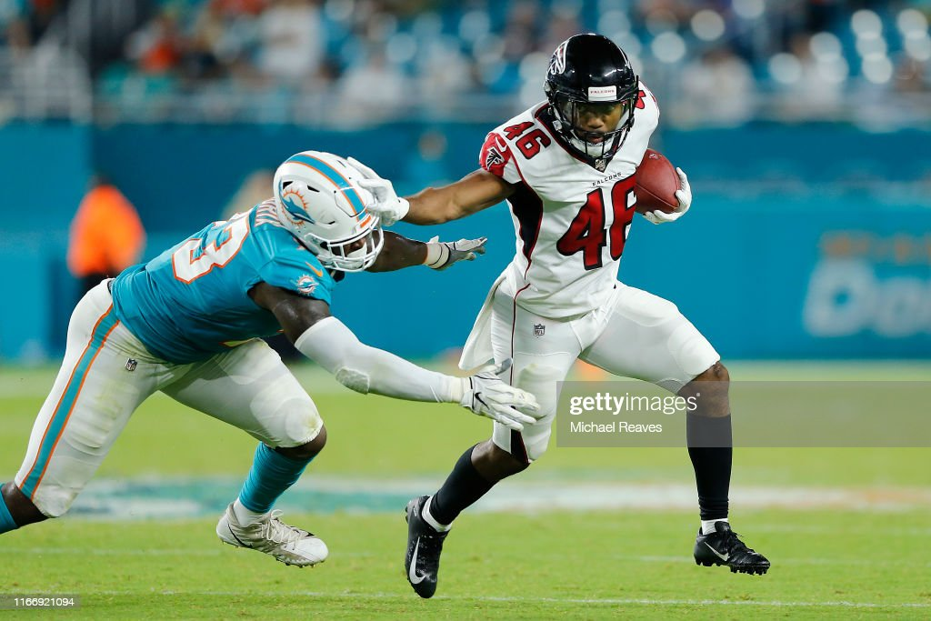 Atlanta Falcons v Miami Dolphins : News Photo