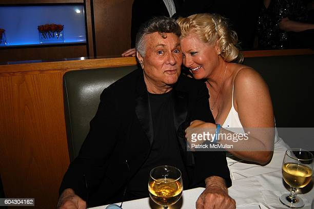 Tony Curtis and Jill Vandenberg attend Vanity Fair Oscar Party at Morton's Restaurant on March 5 2006