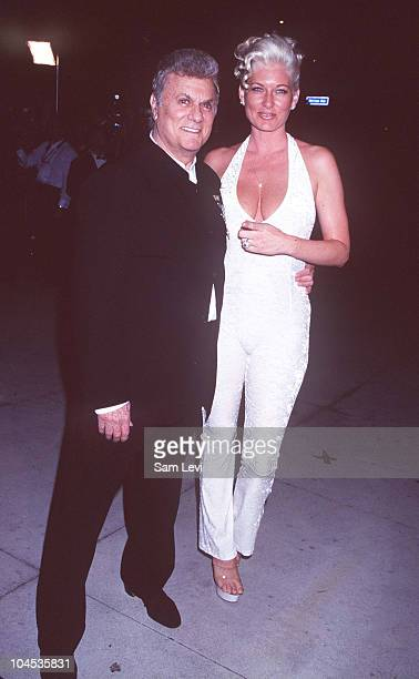 Tony Curtis and Jill Vandenberg during 1997 Vanity Fair Oscar Party - Arrivals at Morton's Restaurant in Beverly Hills, California, United States.