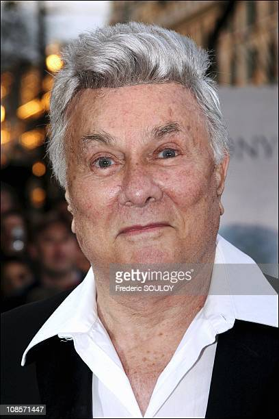 Tony Curtis at the 13th Jules Verne Film Festival in Paris France on April 09 2005