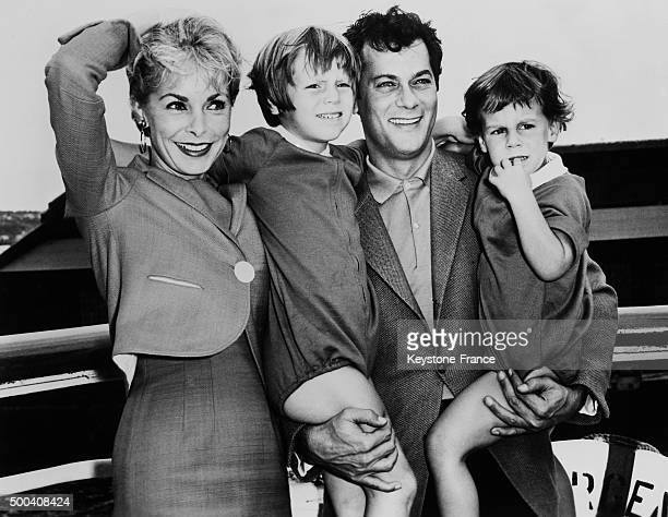 Tony Curtis Janet Leigh and their two daughters Kelly and Jaimie Lee 1961 in United States