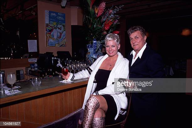Tony Curtis & wife Jill Vandenberg