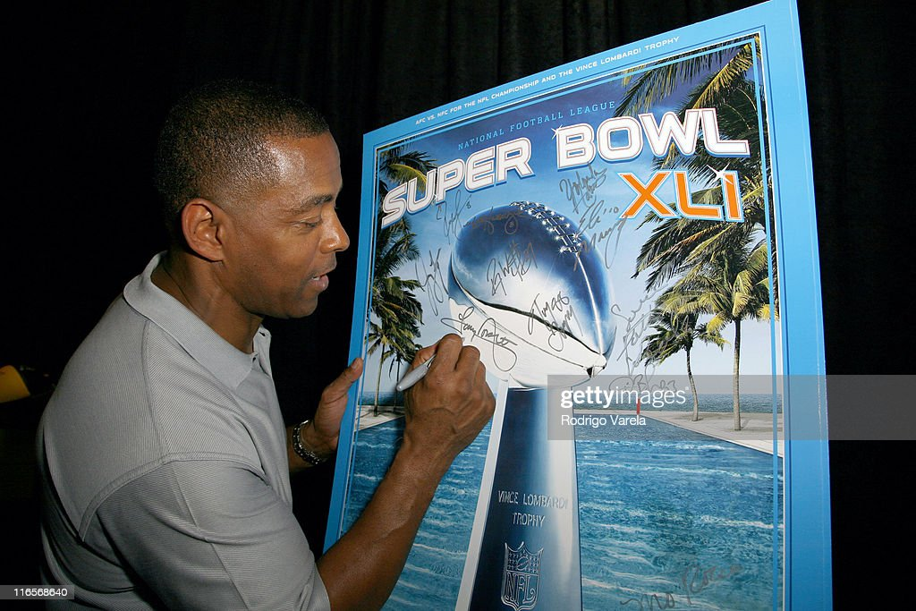 Super Bowl XLI - On 3 Productions Gift Suite - Day 2 : News Photo