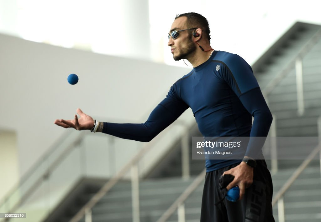 Tony Ferguson holds an open workout session for the media and fans at TMobile Arena on October 5, 2017 in Las Vegas, Nevada.
