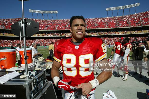 Tony Gonzalez of the Kansas City Chiefs walks off the field after a game against the Denver Broncos on October 5 2003 at Arrowhead Stadium in Kansas...
