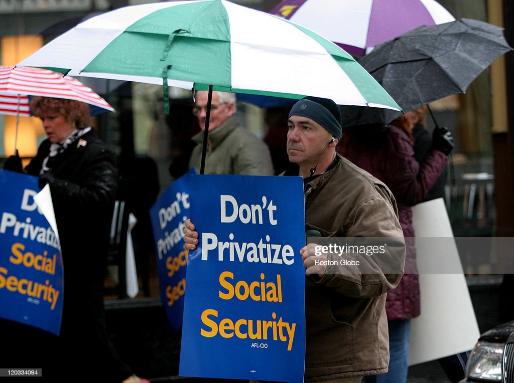 Social Security Protest Outside 85 Merrimac Street : News Photo