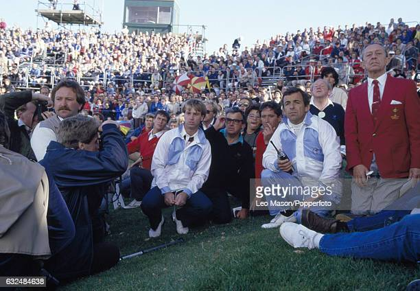 Tony Jacklin captain of the European Team and Paul Way on the 18th hole of the Ryder Cup golf competition at The Belfry in Wishaw near Birmingham on...