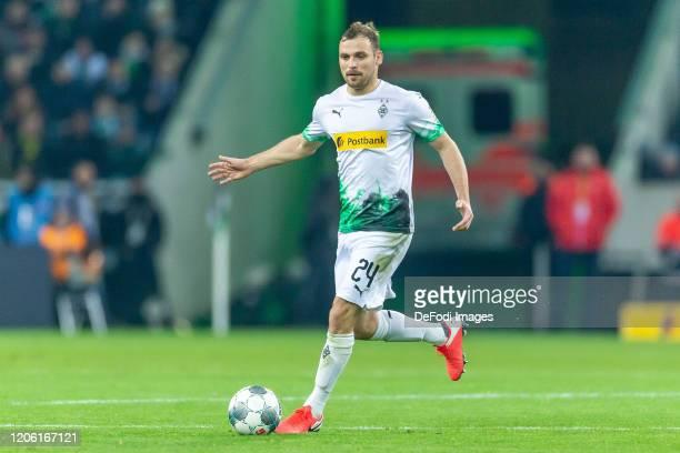 Tony Jantschke of Borussia Moenchengladbach controls the ball during the Bundesliga match between Borussia Moenchengladbach and Borussia Dortmund at...