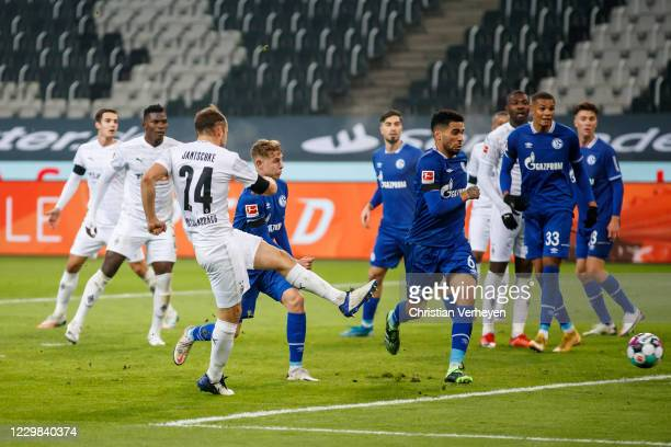 Tony Jantschke of Borussia Moenchengladbach in action during the Bundesliga match between Borussia Moenchengladbach and FC Schalke 04 at...