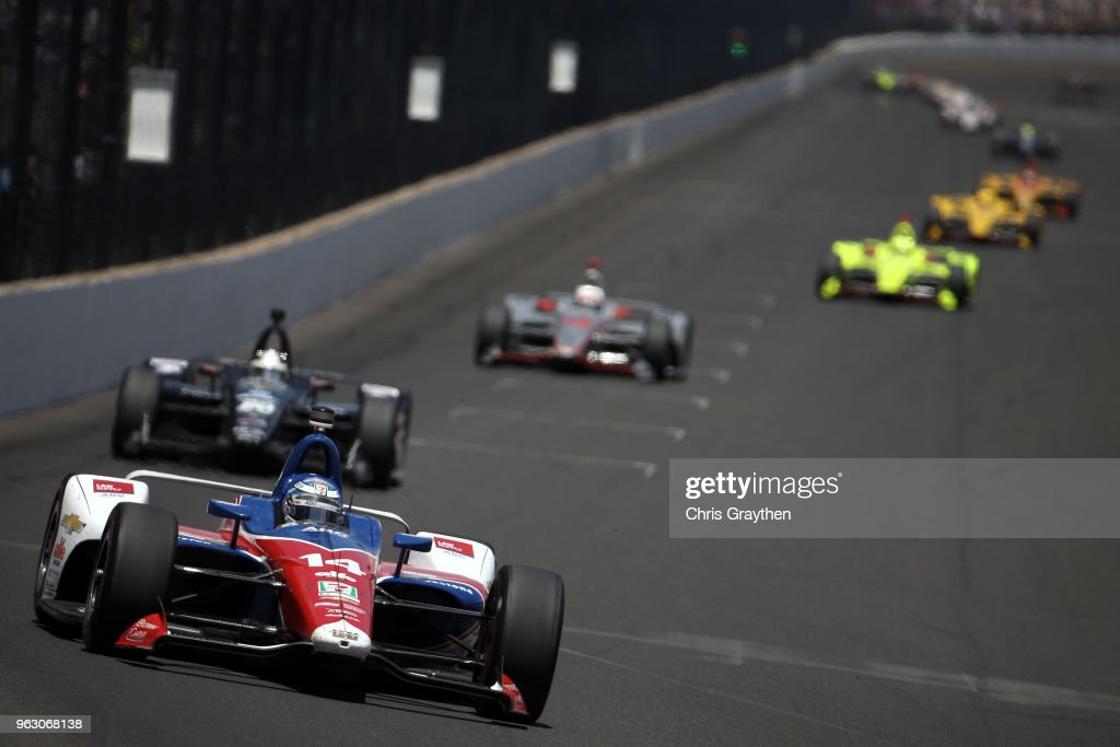 Tony Kanaan of Brazil, driver of the #14 ABC Supply AJ Foyt Racing Chevrolet leads during the 102nd Running of the Indianapolis 500 at Indianapolis Motorspeedway on May 27, 2018 in Indianapolis, Indiana.
