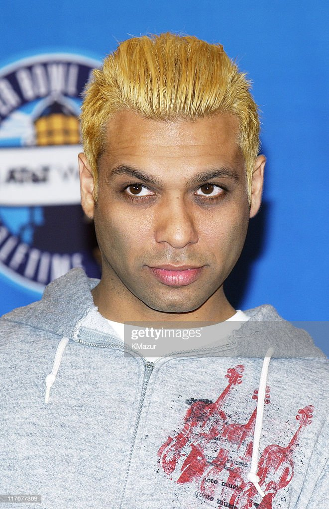 Tony Kanal during Super Bowl XXXVII - AT&T Wireless Super Bowl XXXVII Halftime Show Media Conference Agenda at San Diego Convention Center in San Diego, California, United States.