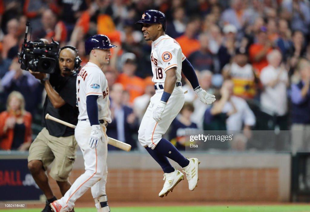 League Championship Series - Boston Red Sox v Houston Astros - Game Four : News Photo