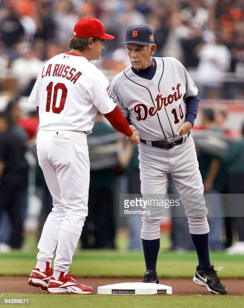 Tony La Russa manager of the St Louis Cardinals left who coached the National League All Star Team greets Jim Leyland manager of the Detroit Tigers...