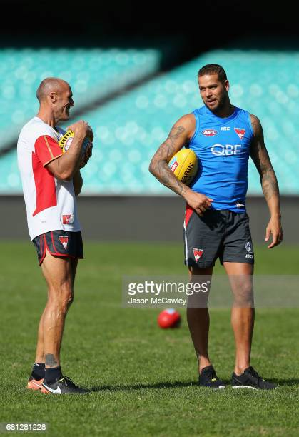 Tony Lockett speaks to Lance Franklin of the Swans during a Sydney Swans AFL training session at Sydney Cricket Ground on May 10 2017 in Sydney...