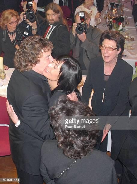 Tony Marshall Ehefrau Gaby Tochter Stella Schwiegertochter Annette Marshall Geburtstagsgäste Presse ÜberraschungsGeburtstagsParty zum 70 Geburtstag...