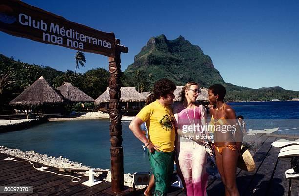 Tony Marshall Gisele Club Mediterranee PR für Schallplatte Bora Bora Bora Bora Französisch Polynesien Südsee Australien Kette Wasser Meer Strand...