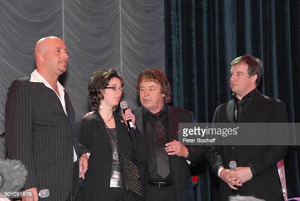Tony Marshall , Sohn Marc , Sohn Pascal Hilger , Tochter Stella - , , Überraschungs-Geburtstags-Party zum 70. Geburtstag von T o n y M a r s h a l l,...