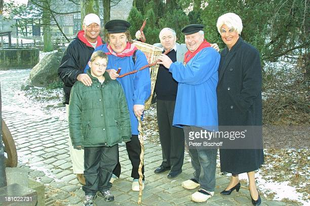 Tony Marshall Sohn Pascal Hilger Enkel Janec Münsterländer Kiepenkerl Klaus Wiedkaup Travestiekünstler Rüdiger Cherdrou als Madame Gigi Mitarbeiter...