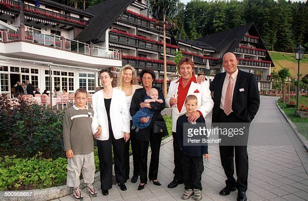 Tony Marshall Sohn Pascal Hilger Maiki Ehefrau Gaby Marshall Pascal's Baby Maurice Pascal's Freundin Kerstin Pallasch Tochter Stella Marshall Enkel...