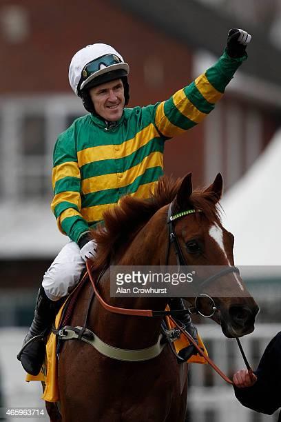 Tony McCoy riding Uxizandre win The Ryanair Steeple Chase at Cheltenham racecourse on March 12 2015 in Cheltenham England