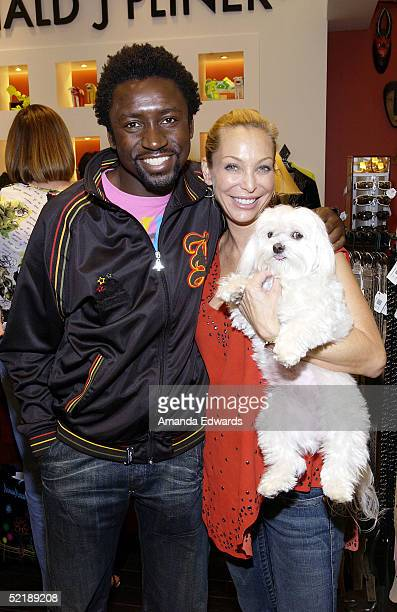 Tony Okungbowa Lisa Pliner and her dog Baby Doll attend a preGrammy benefit event on February 12 2005 at the Donald J Pliner boutique in Beverly...