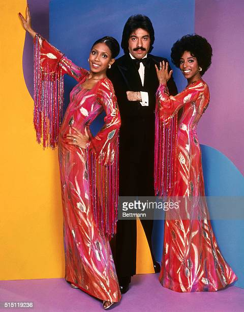 Tony Orlando and Dawn Left to right Joyce Vincent Wilson Tony Orlando and Thelma Hopkins pose together Joyce and Thelma wearing red with pink and...