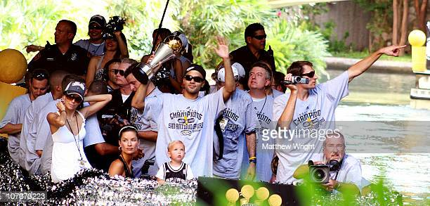 Tony Parker, Eva Longoria, Brent Barry and his wife Erin Barry share a float during the Spurs championship celebration in 2007 on the Riverwalk.