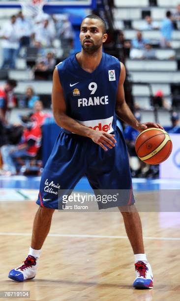 Tony Parker of France in action during the FIBA Eurobasket 2007 quarterfinal match between Russia and France at the Palacio de Deportes Felipe II on...